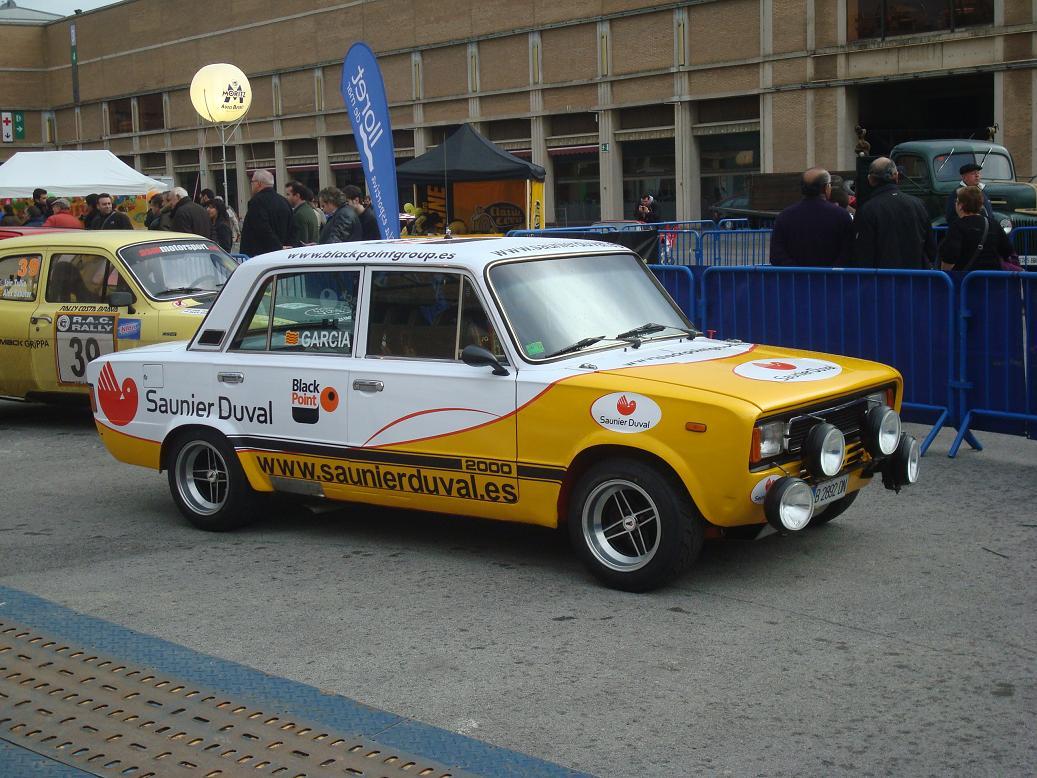 Autopasion18 xxvii auto retro barcelona for Seat 1430 fu 1800